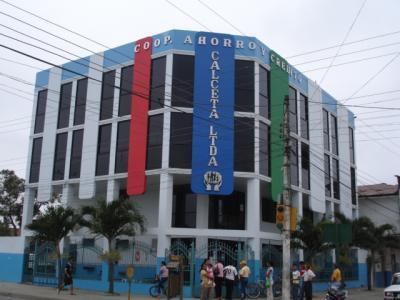 Instituciones bancarias un aporte al desarrollo del cantón Bolívar