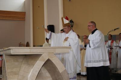 EN CALCETA COMUNIDAD CRISTIANA INAUGURÓ NUEVO TEMPLO